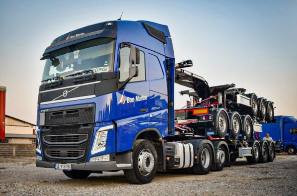 Bon Marin with new Dutch container trailers